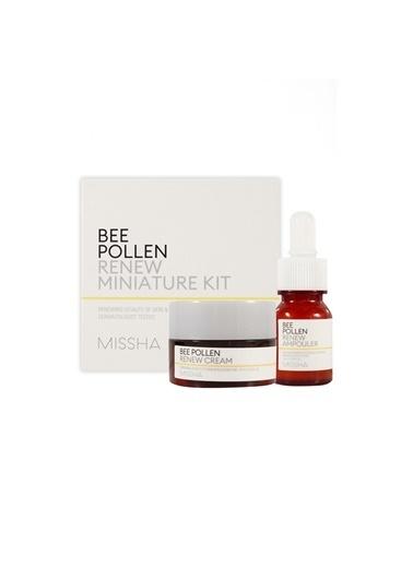 Missha Arı Poleni İçeren Yoğun Besleyici Mini Kit Bee Pollen Renew Miniature Kit Renksiz